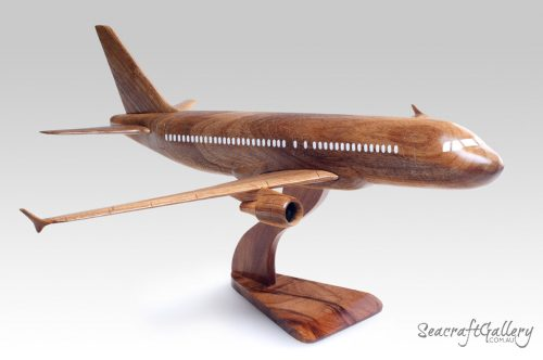 Airbus 320 model aircraft 4