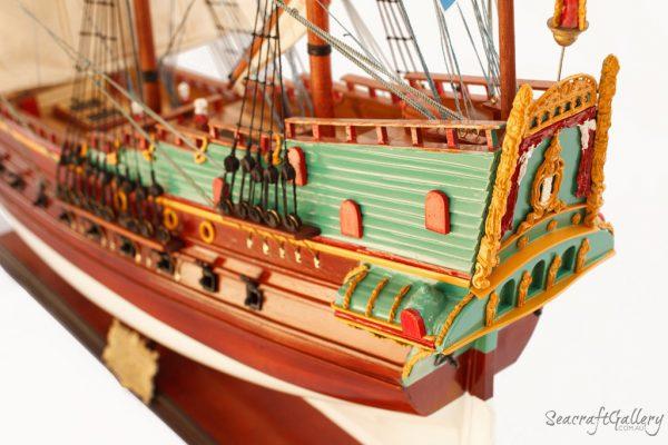Batavia 95cm Model Ship 2