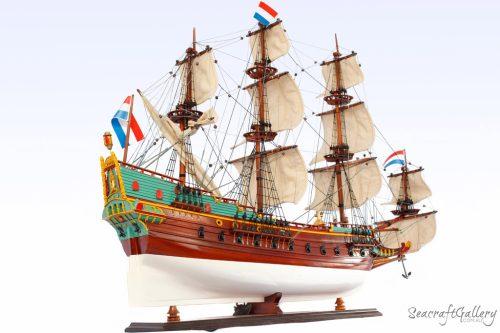 Batavia 95cm Model Ship 7