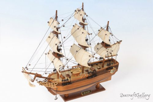 HMS Bounty 45cm Model Ship 1