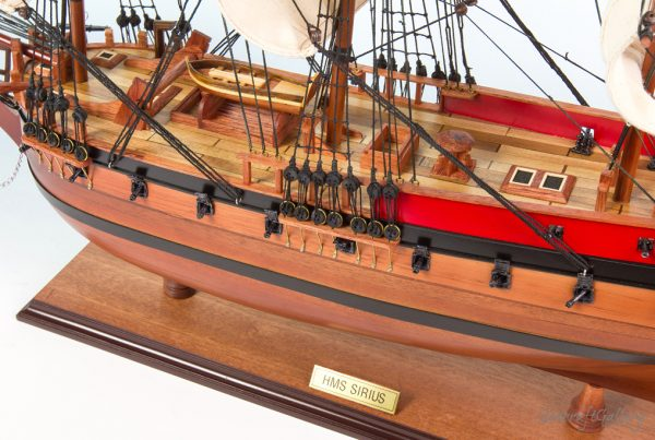 HMS Siriun 75cm Model ship 7