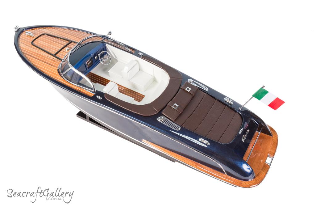 Riva Iseo model boat
