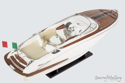 Riva Aquariva Gucci Model boat 17