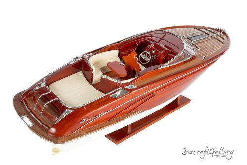 Rivarama model boat 8