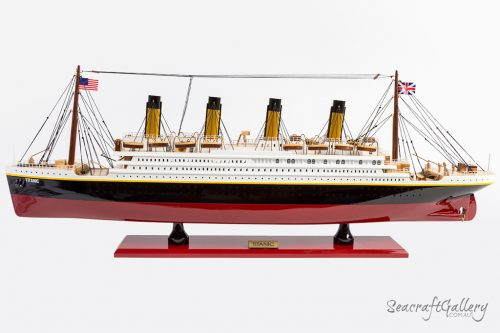 Titanic model cruise ship SG