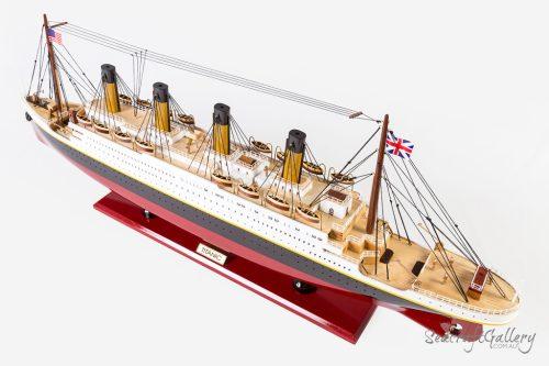 Titanic model 2019