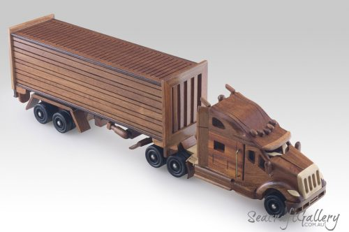 Wooden model truck 3