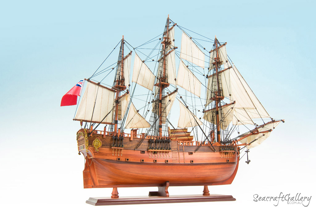 HHMB Endeavour painted 13 model ship 75cm