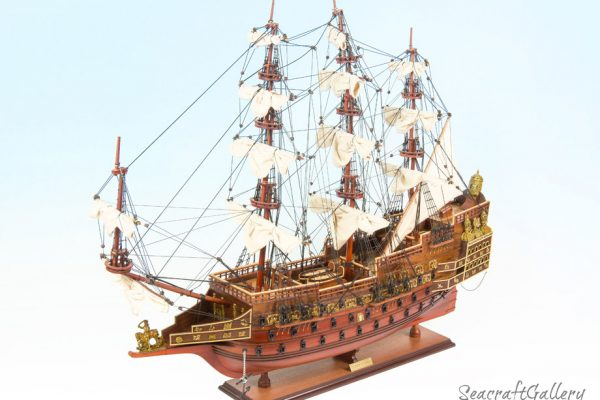 Sovereign of the Seas 95cm model ship 4