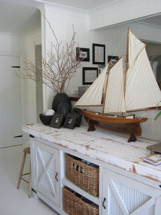 Five Brilliant Ideas To Decorate Your Room With Wooden Model Ships, Boats And Nauticas