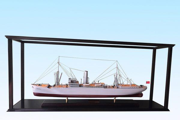 Boonah custom model ship