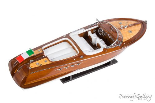 riva aquarama model boat