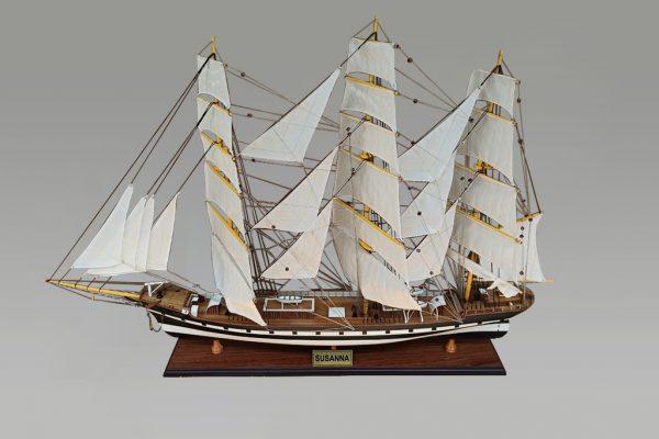 Susanna model ship
