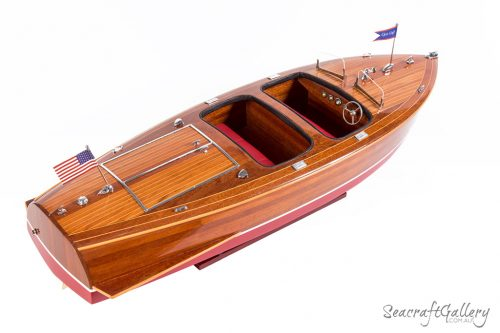 Chris Craft Barrel Back Model boat