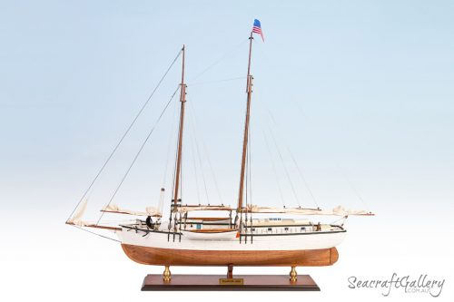 Schooner Equator Model ship