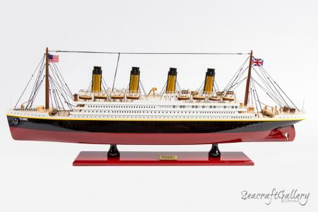 Titanic Ocean Liner Model Cruise with lights 2021 (10)