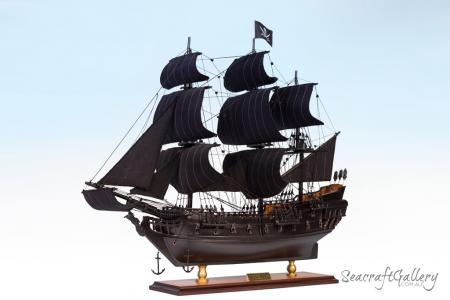 Black Pearl Model Ship 45cm Red deck