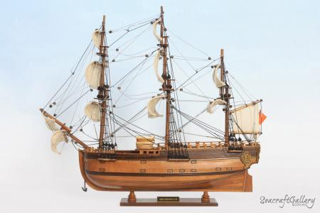 HMB Endeavour 45cm Model ship 8
