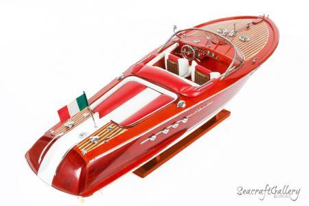 Riva Red 70cm Model boat 4
