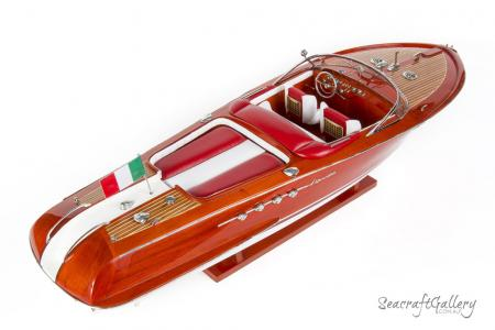 Riva Red 90cm Model Boat 9