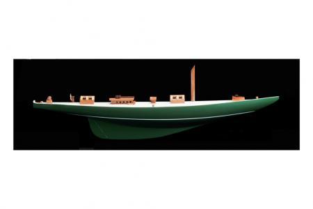 Half hull Shamrock model