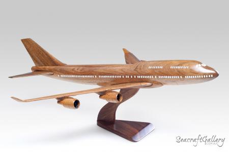 Boeing model aircraft 1||Boeing model aircraft 2||Boeing model aircraft 3||Boeing model aircraft 4||Airbus 320 model aircraft 5
