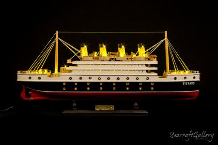 Titanic Cruise 60cm with lights 12